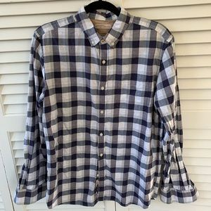 Men's Heritage Blue and White Button Down
